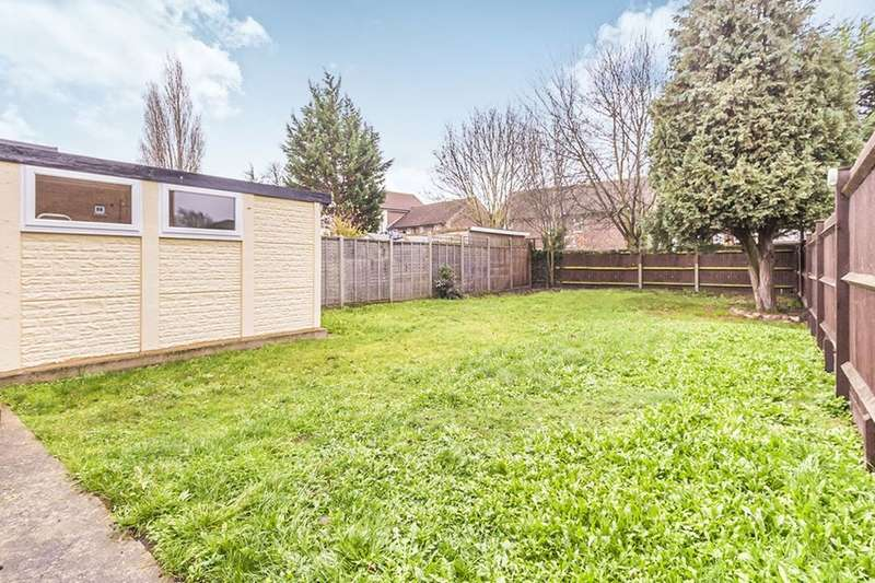 3 Bedrooms Semi Detached House for sale in Willow Road, Bedford, MK42