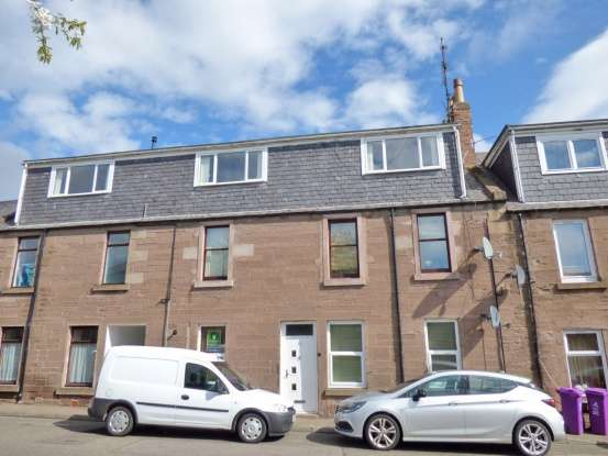 3 Bedrooms Flat for sale in Union Street, Brechin, Angus, DD9 6HG