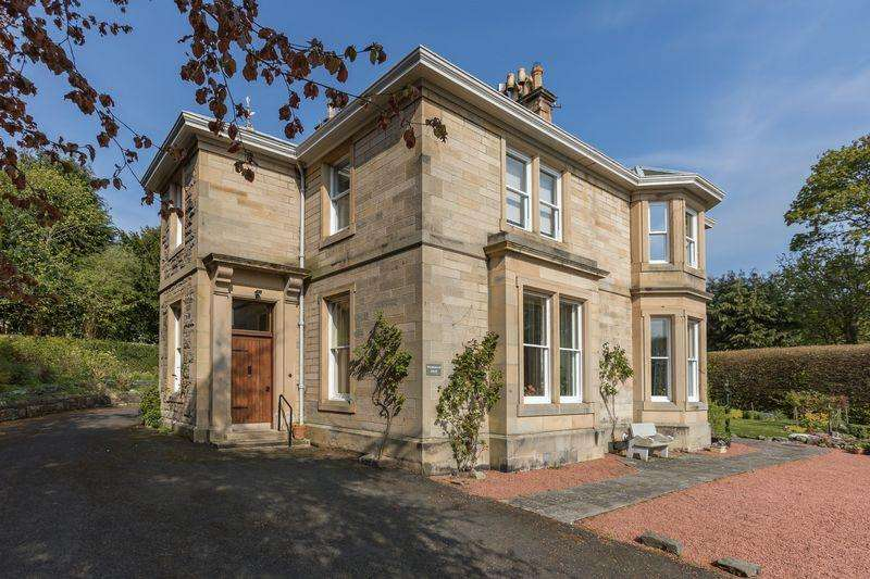 4 Bedrooms Detached House for sale in Wilderbank House, Kirkbrae, Galashiels