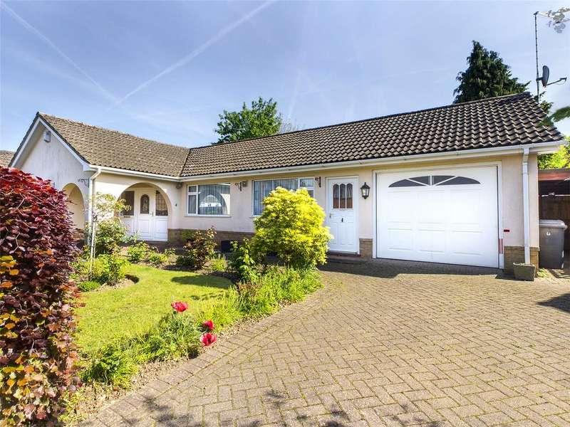 3 Bedrooms Bungalow for sale in Longleat Drive, Tilehurst, Reading, Berkshire, RG31