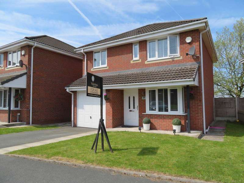 4 Bedrooms Detached House for sale in Boundary Drive, Oldham