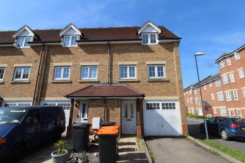 3 Bedrooms End Of Terrace House for sale in Watling Gardens, Dunstable