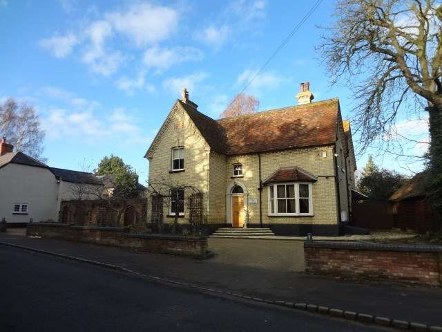 5 Bedrooms Detached House for rent in High Street, Flitton, Bedford, MK45