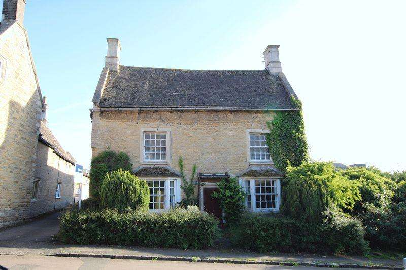4 Bedrooms Detached House for sale in Collyweston