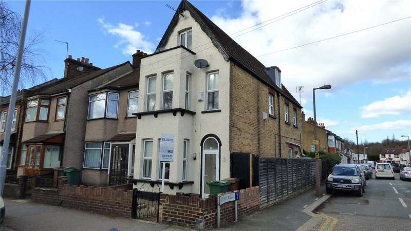 3 Bedrooms Property for sale in New Road, Chingford