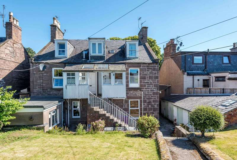 3 Bedrooms Maisonette Flat for sale in Southesk Street, Brechin, Angus, DD9 6AG