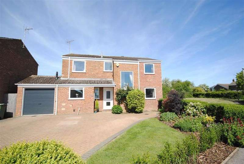 5 Bedrooms Detached House for sale in Cotswold Drive, Linslade, Leighton Buzzard