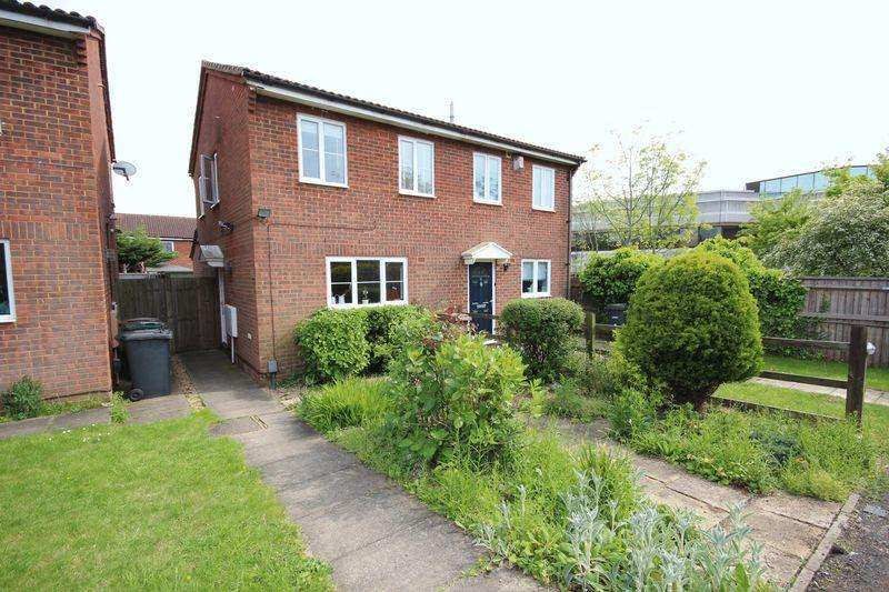 2 Bedrooms Semi Detached House for sale in 2 bed extended in wigmore...