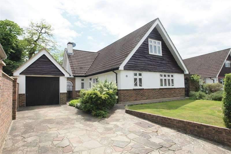 4 Bedrooms Detached House for sale in Hardcourts Close, West Wickham, Kent