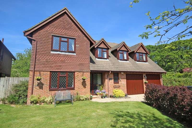 5 Bedrooms Detached House for sale in St. Johns Road, Bashley, New Milton