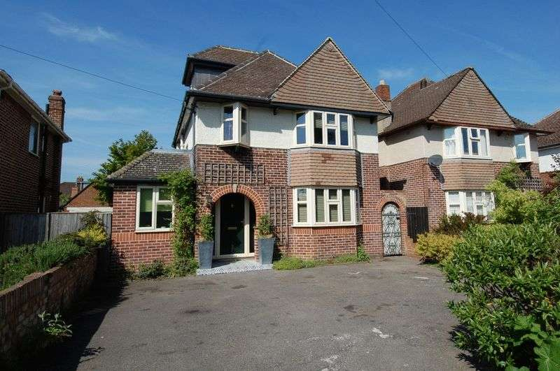 4 Bedrooms Property for sale in Oxford Road, Kidlington