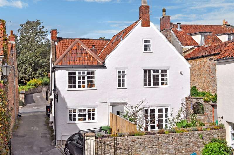 4 Bedrooms Semi Detached House for sale in Chantry Close, St. Thomas Street, Wells, Somerset, BA5