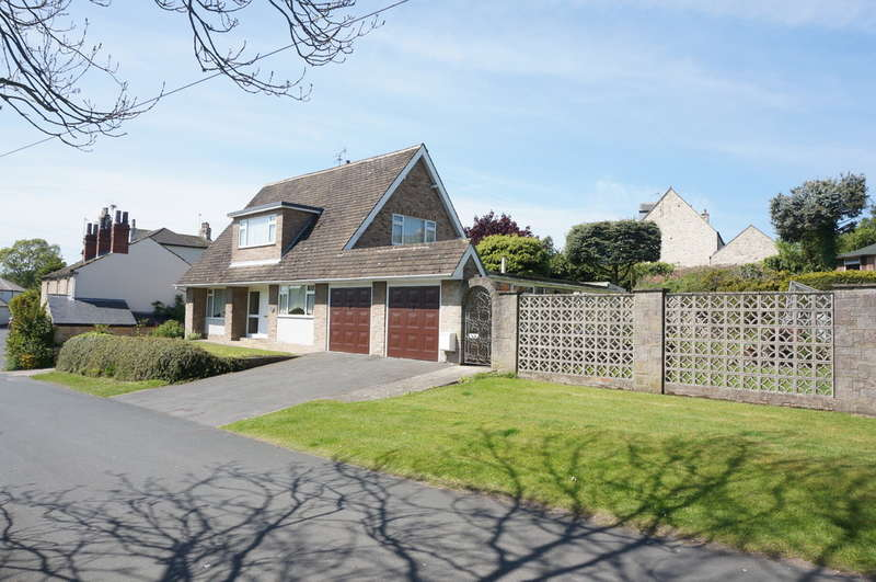 3 Bedrooms Detached House for sale in Field Lane, Aberford, LS25