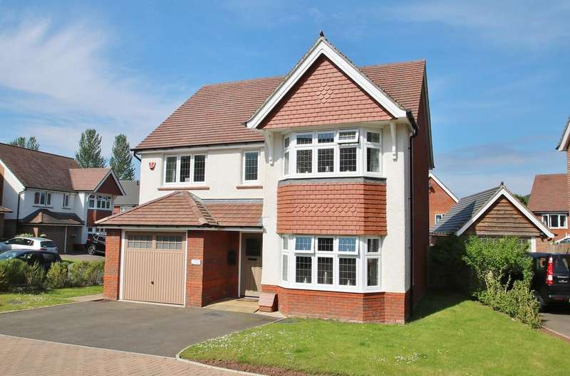 4 Bedrooms Detached House for sale in Kidnalls Drive, Whitecroft, Lydney, GL15