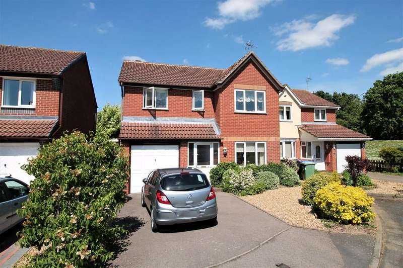 4 Bedrooms Detached House for sale in Medway Close, Market Harborough