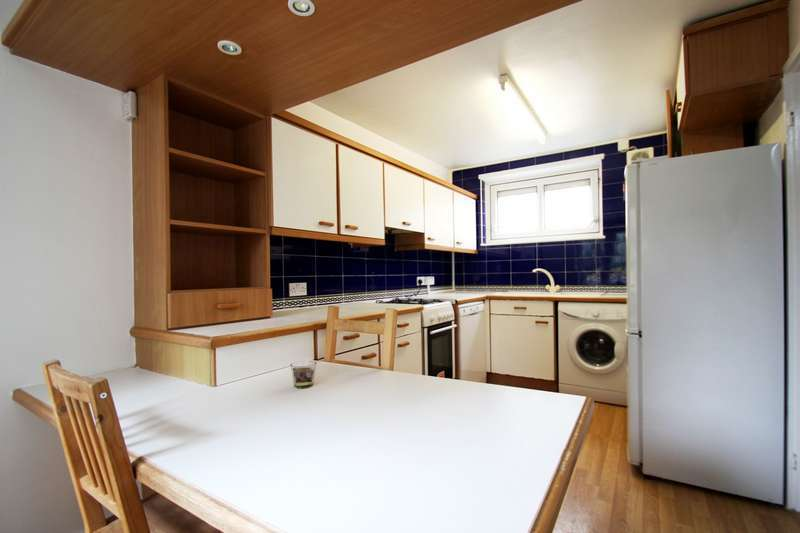 2 Bedrooms Flat for sale in 13, Williamson Street, Holloway, N7