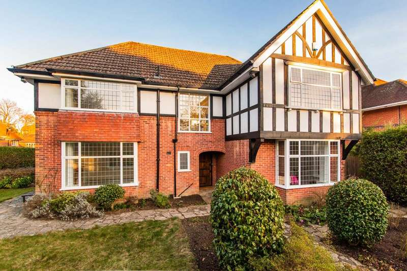 4 Bedrooms Detached House for sale in Elgin Road, Talbot Woods, Bournemouth BH3