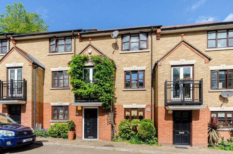 3 Bedrooms House for sale in New Green Place, Crystal Palace, SE19