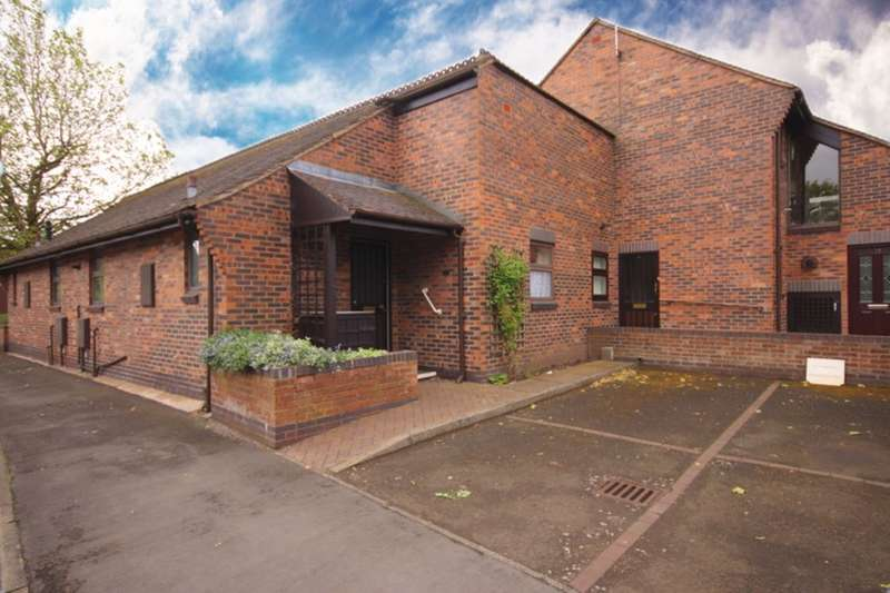 2 Bedrooms Semi Detached Bungalow for sale in Wesley Close, Nantwich, CW5