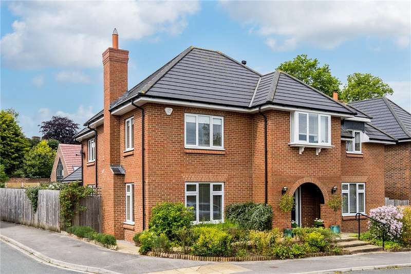 5 Bedrooms Detached House for sale in Somerley Lane, Knaresborough, North Yorkshire