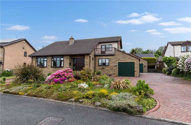 4 Bedrooms Detached House for sale in Royd Head Farm, Ossett, West Yorkshire