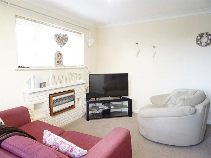 1 Bedroom Town House for sale in Pennine Close, Shepshed, Leicestershire