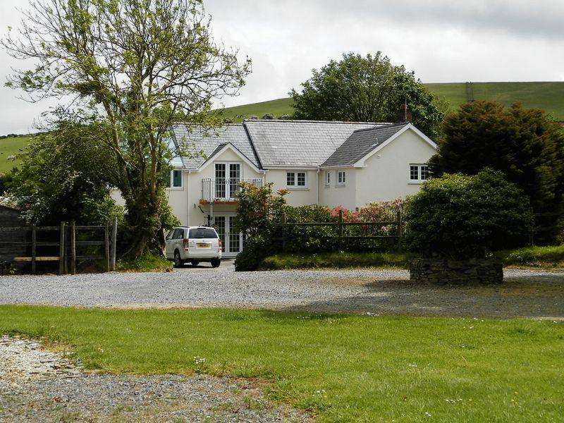 4 Bedrooms Land Commercial for sale in Pantybwlch, Newcastle Emlyn
