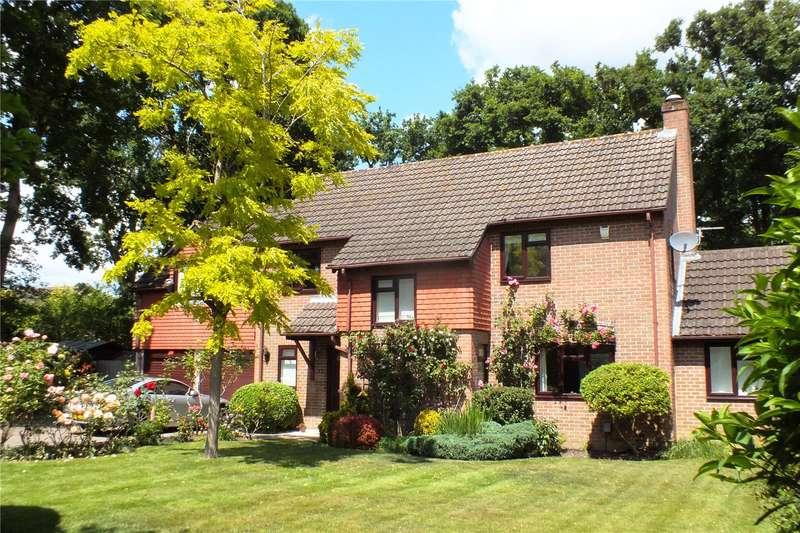 5 Bedrooms Detached House for sale in Oaken Copse, Church Crookham, Fleet, Hampshire, GU52