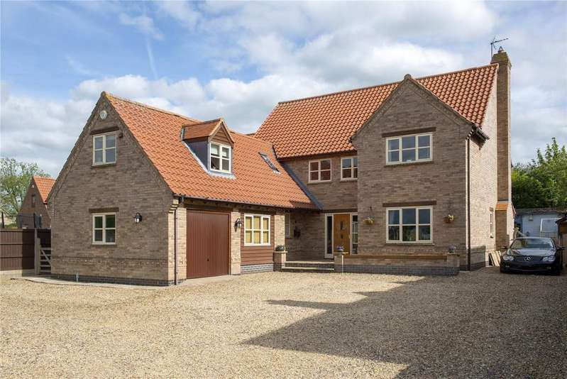 5 Bedrooms Detached House for sale in The Green, Corby Glen, Grantham