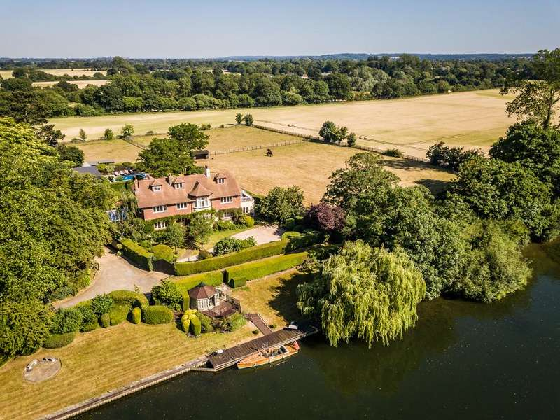7 Bedrooms Detached House for sale in River Road, Taplow, Buckinghamshire