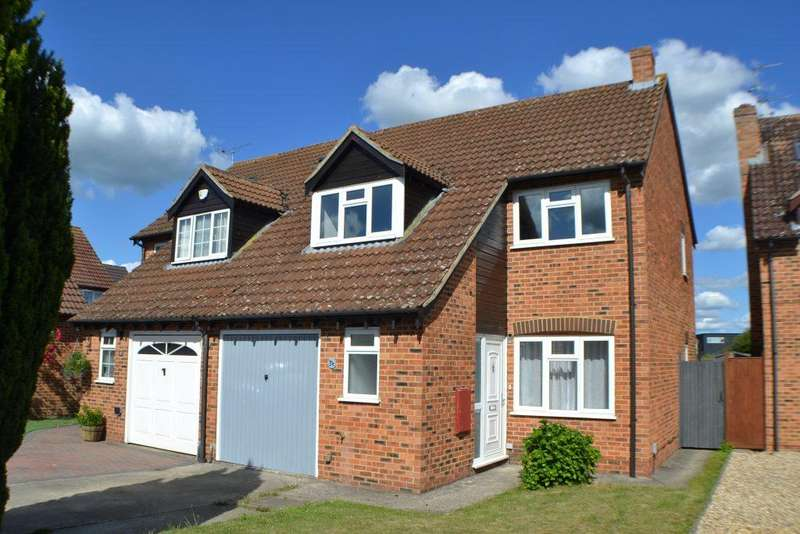 3 Bedrooms Semi Detached House for sale in Wheelers Green Way Thatcham