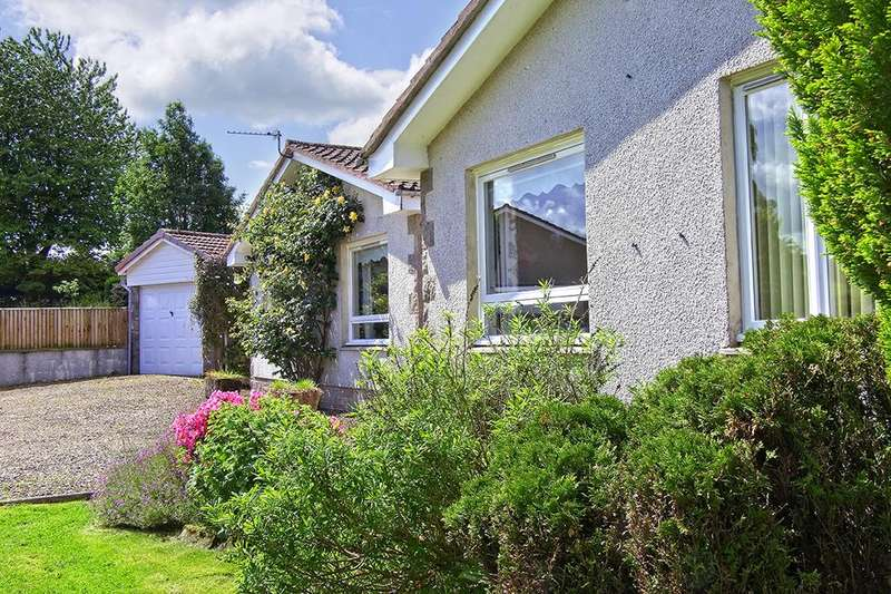 4 Bedrooms Detached Bungalow for sale in The Poplars, Goslawdales, Selkirk TD7 4EP