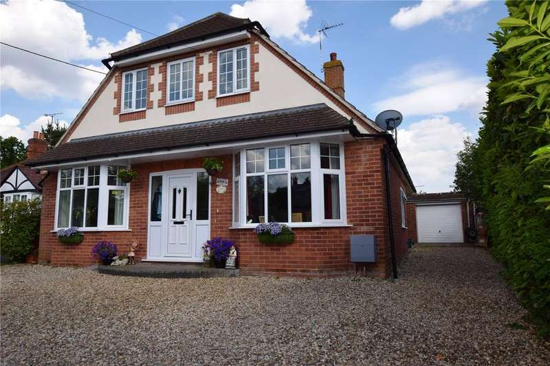 4 Bedrooms Detached House for sale in School Lane, Burghfield Common, Reading, Berkshire, RG7