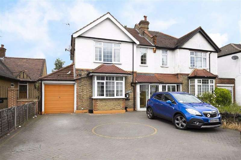 3 Bedrooms House for sale in Larkshall Road, Chingford