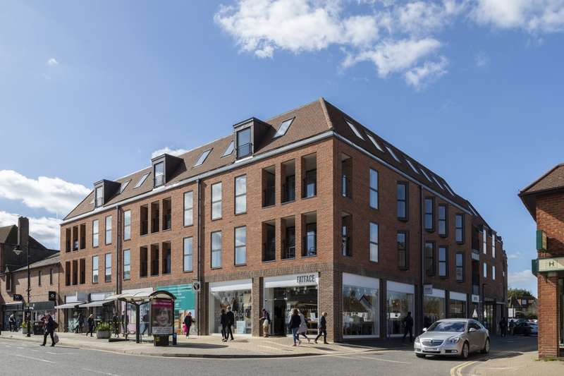 1 Bedroom Flat for sale in Sycamore Road, Amersham, HP6