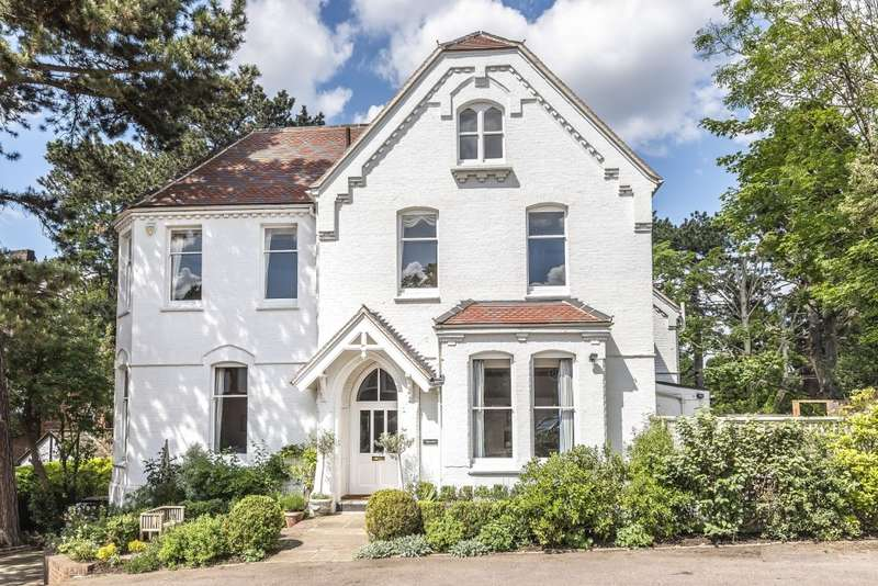 7 Bedrooms Detached House for sale in Mount Park Avenue, Harrow on the Hill, HA1