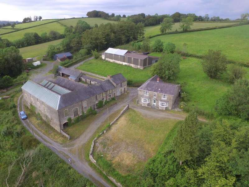 4 Bedrooms Smallholding Commercial for sale in Prengwyn, Llandysul