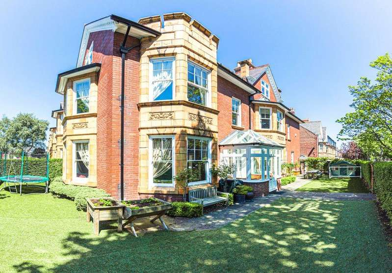 6 Bedrooms Semi Detached House for sale in West Avenue, Gosforth, Newcastle upon Tyne, Tyne Wear