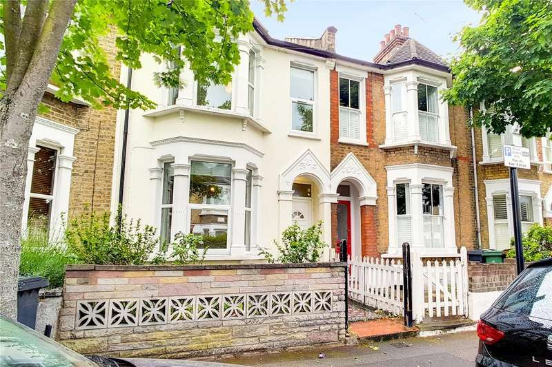 4 Bedrooms Terraced House for sale in Richmond Road, Leytonstone, London, E11