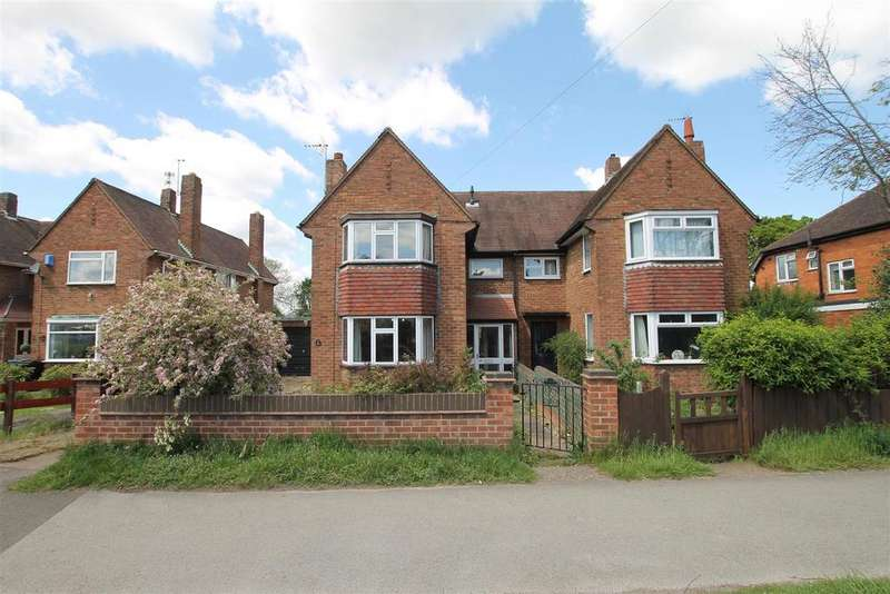 3 Bedrooms Semi Detached House for sale in New Beacon Road, Grantham