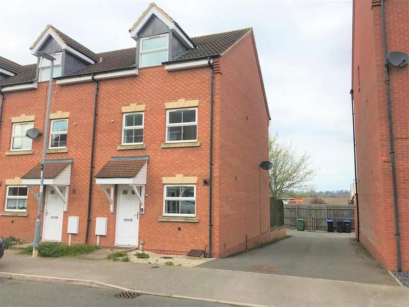 3 Bedrooms Town House for sale in Tungstone Way, Market Harborough