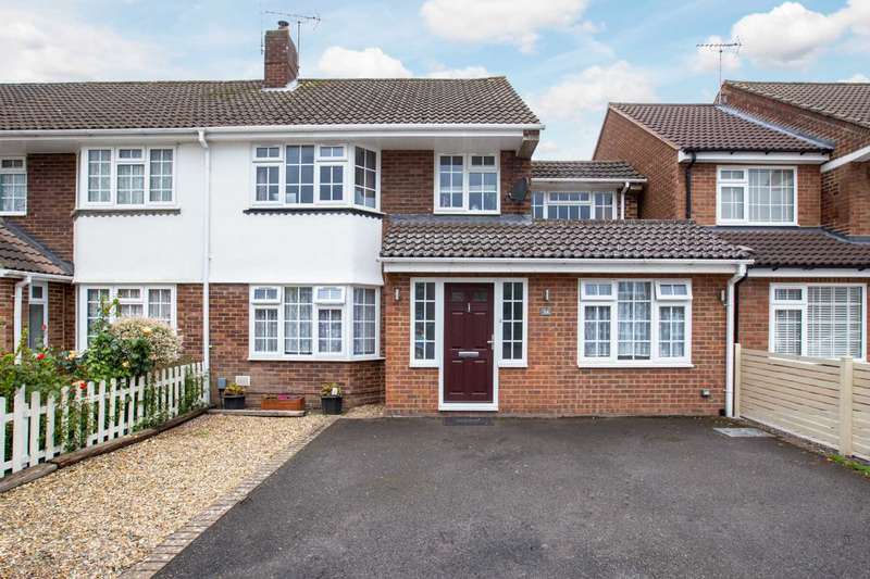 4 Bedrooms Semi Detached House for sale in A BEAUTIFULLY FOUR Bedroom semi-detached Family Home
