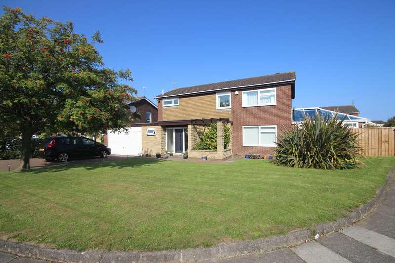 4 Bedrooms Detached House for sale in Haddington Road, Beaumont Road, Whitley Bay, Tyne And Wear NE25