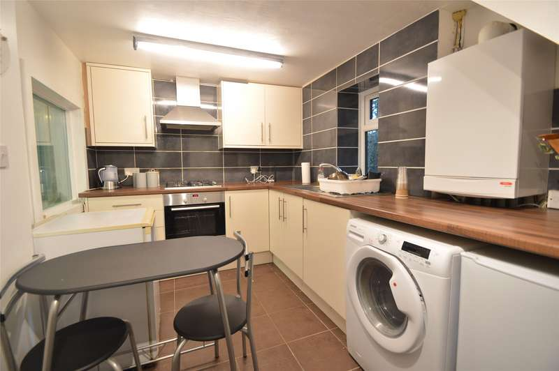 1 Bedroom Maisonette Flat for rent in Old Marsh Lane, Taplow, Maidenhead, SL6