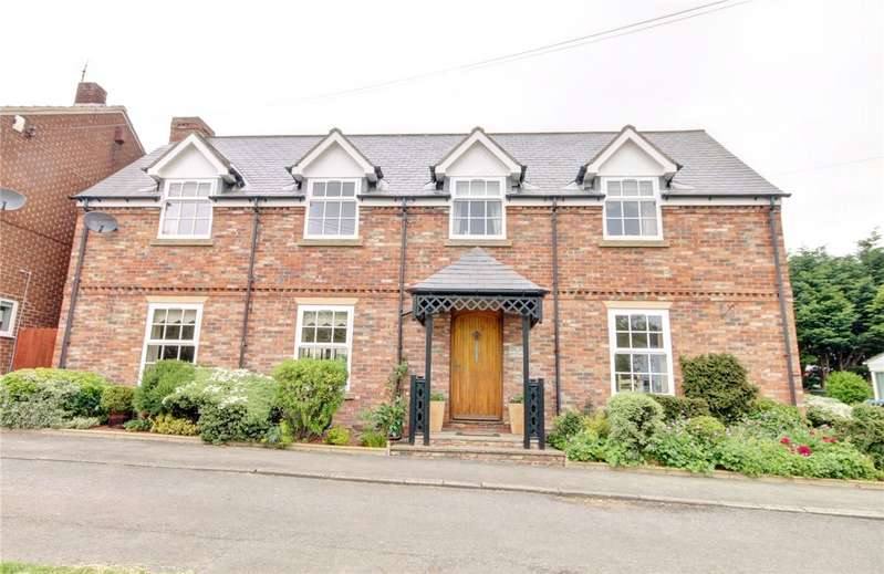 3 Bedrooms Detached House for sale in Front Street North, Trimdon Village, TS29