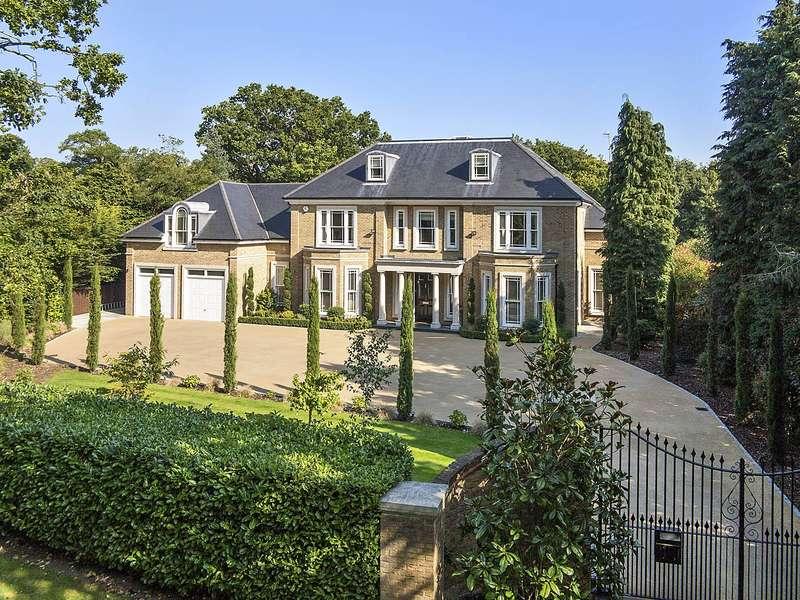 6 Bedrooms Detached House for sale in Eriswell Road, Burwood Park, Walton On Thames, KT12