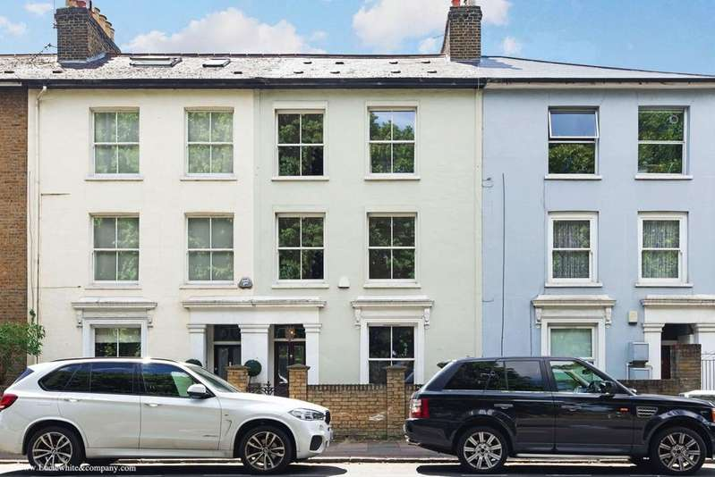 4 Bedrooms Terraced House for rent in Wellesley Road, Chiswick
