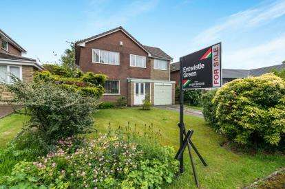 4 Bedrooms Detached House for sale in Birchfield Grove, Ladybridge, Bolton, Greater Manchester, BL3