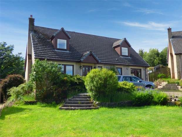 4 Bedrooms Detached House for sale in Naemoor Road, Crook of Devon, Kinross