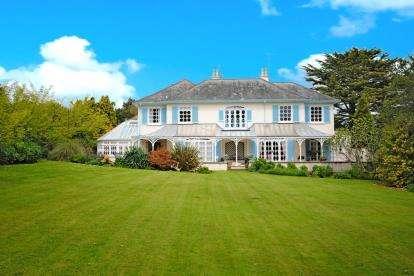 2 Bedrooms Flat for sale in Glen Road, Sidmouth, Devon